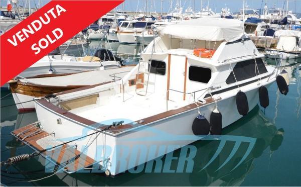 Bertram 28 Flybridge CRUISER sold