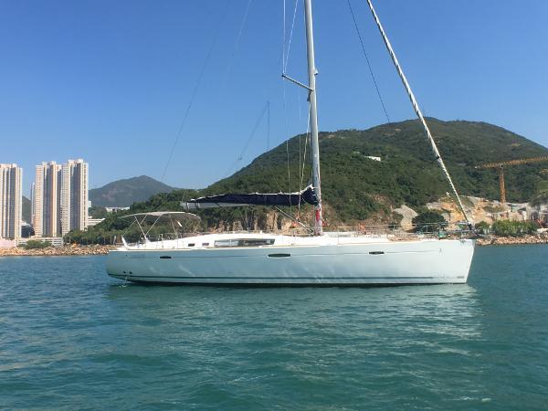 Beneteau Oceanis 50 Sailing Yacht Beneteau Oceanis 50 Profile