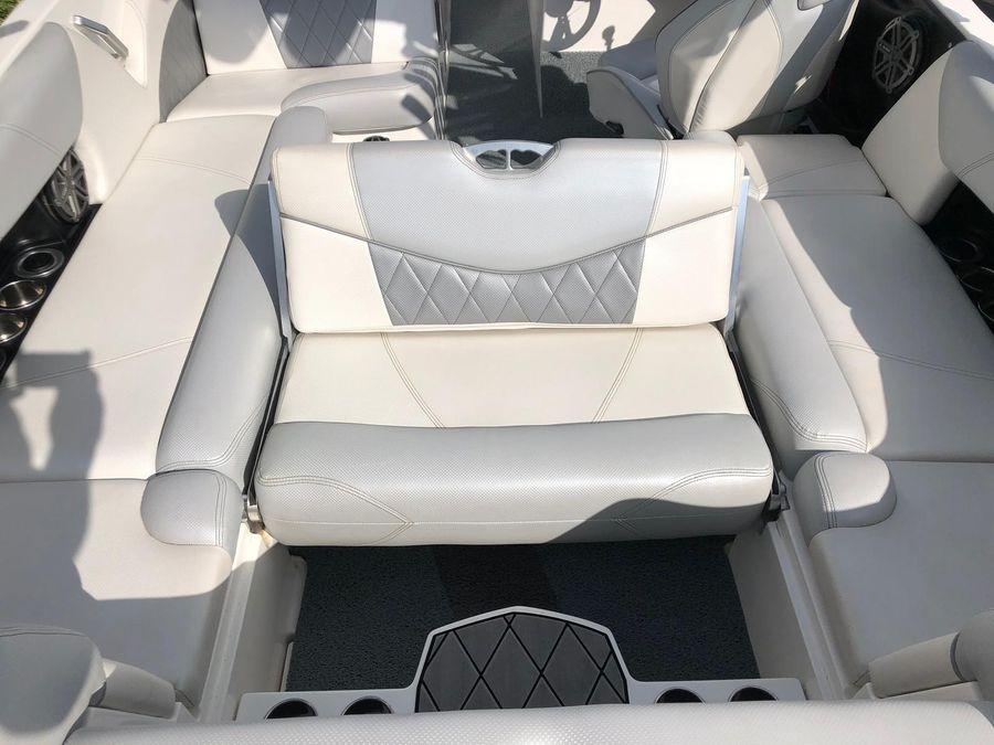 2015 Mastercraft X23, Fenton Michigan - boats com