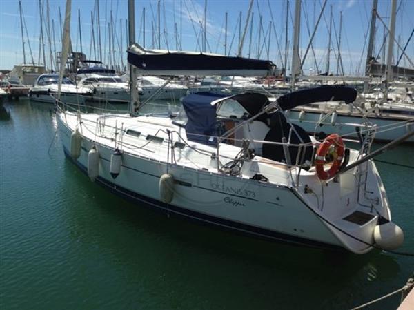 Beneteau Oceanis Clipper 373 BENETEAU - OCEANIS 373 - exteriors