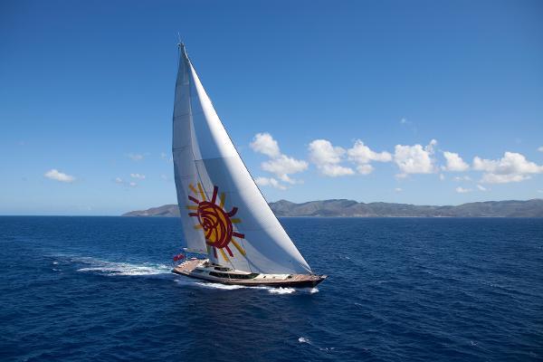Alloy Yachts Tiara