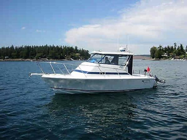 Canoe Cove 25 Sports Cruiser Water Profile Port