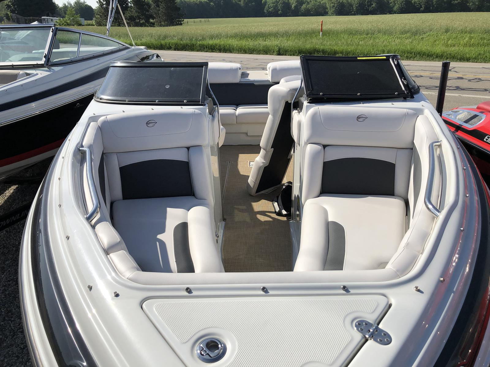 Crownline 215SS