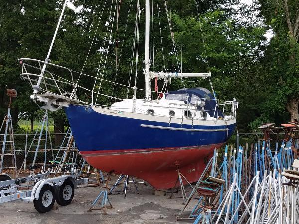 Pacific Seacraft Dana 24 Overall 1