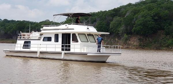 Gibson 50 Cabin Yacht