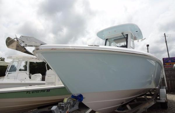 Everglades Boats 255 Center Console