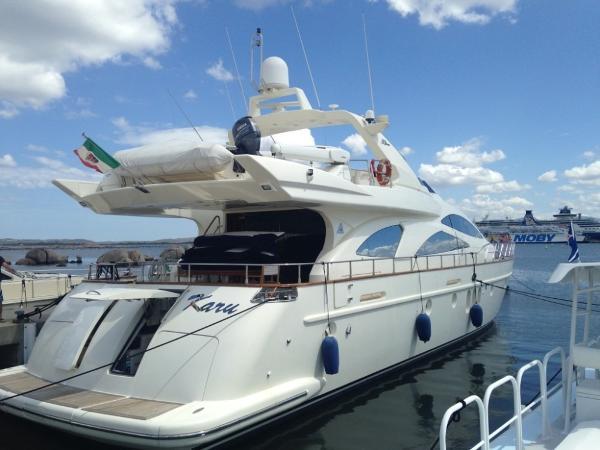 Azimut 80 FLY Azimut 80 FLY - YEAR 2002 - Timone Yachts