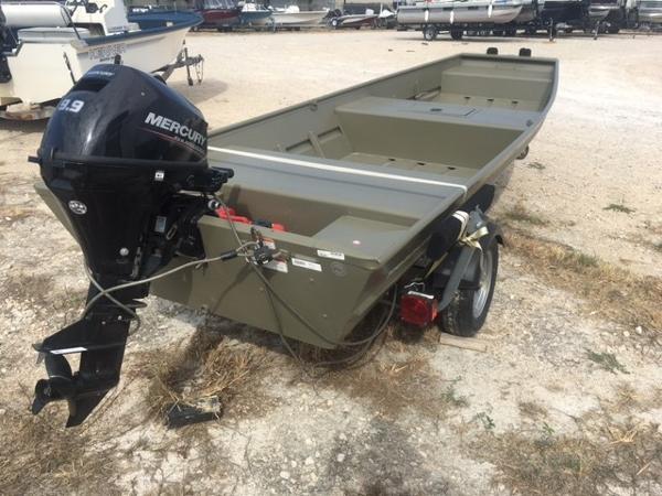 Tracker Topper 1542 LW Riveted Jon Boat