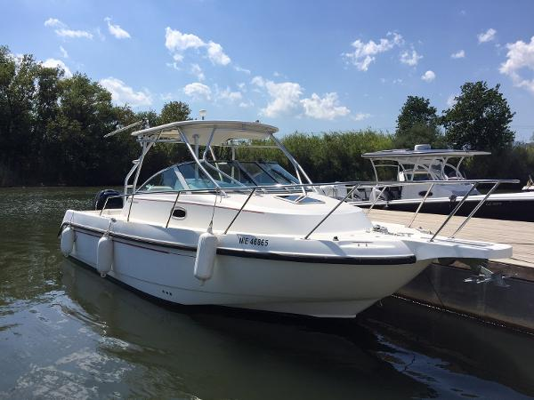 Boston Whaler 275 Conquest Boston Whaler 275 Conquest