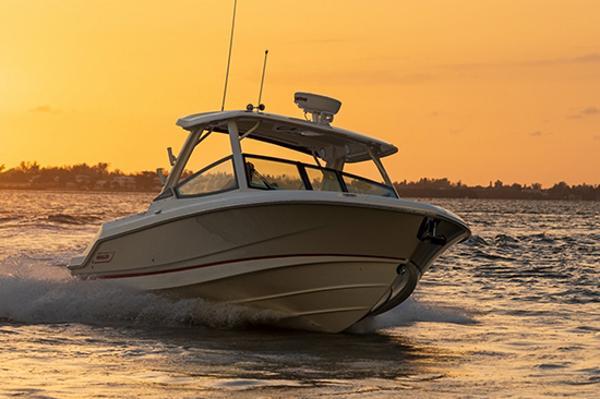 Boston Whaler 280 Vantage Manufacturer Provided Image