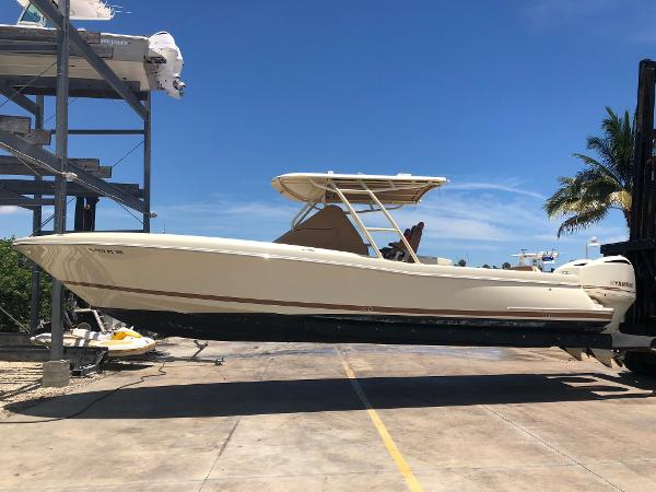 Chris-Craft Catalina 34