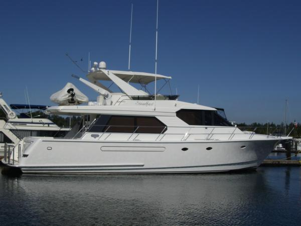 West Bay 58 Pilothouse