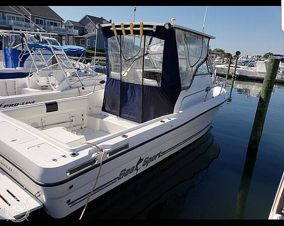 Sea Sport 2744 Walkaround 2000 Sea Sport 28 for sale in Freeport, NY