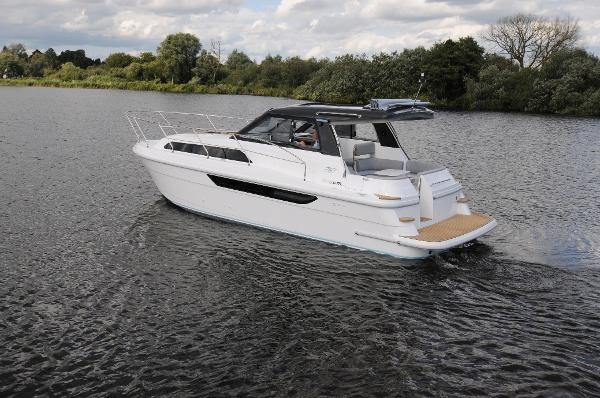Broom 30 Coupe HT Manufacturer Provided Image: Broom 30 Coupe HT Stern