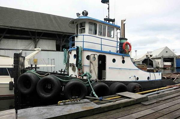 Tugboat - Burger Boat Company - Gray Marine Diesel Powered