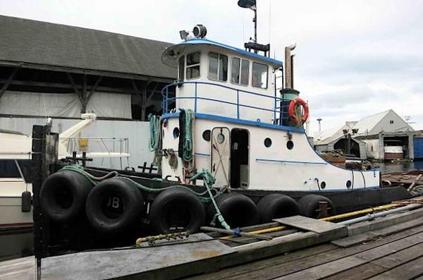 Tugboat - Burger Boat Company - Gray Marine Diesel Powered