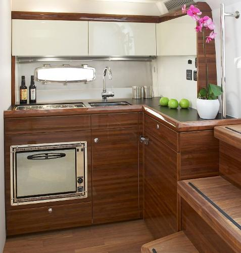 Sealine S380 Galley