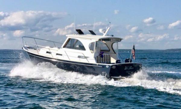 Legacy Yachts Hardtop Express