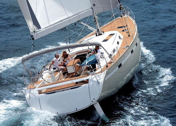 Bavaria Cruiser 55 Bavaria Cruiser 55 Sistership