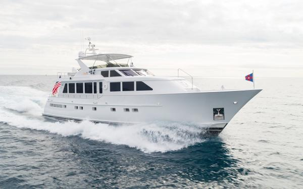 Burger Raised Pilothouse