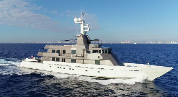 Oceanfast Custom Superyacht