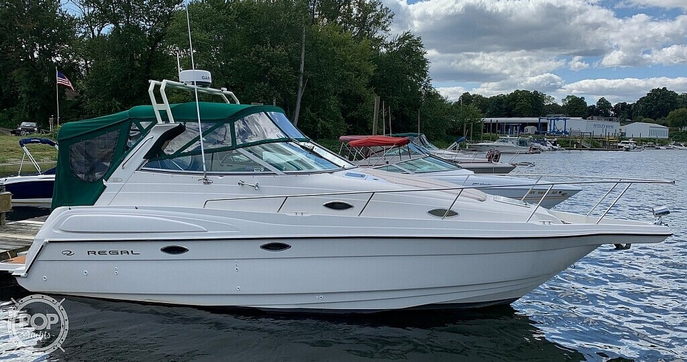 Regal 2750 Commodore 1997 Regal 2750 for sale in Vernon, CT