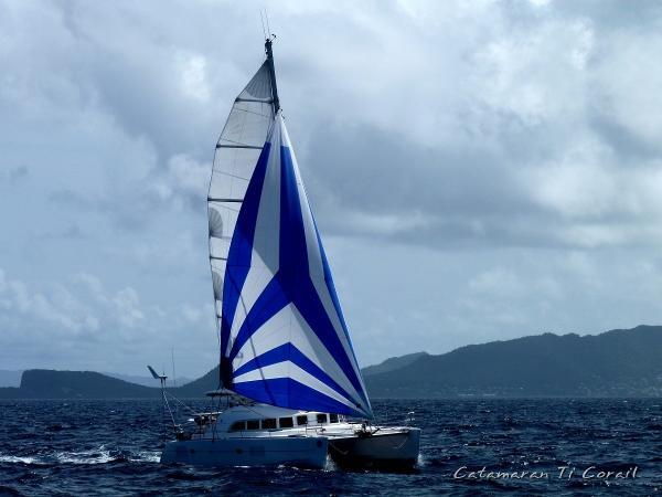 Lagoon 380 S2 Sous Voiles / Sailing