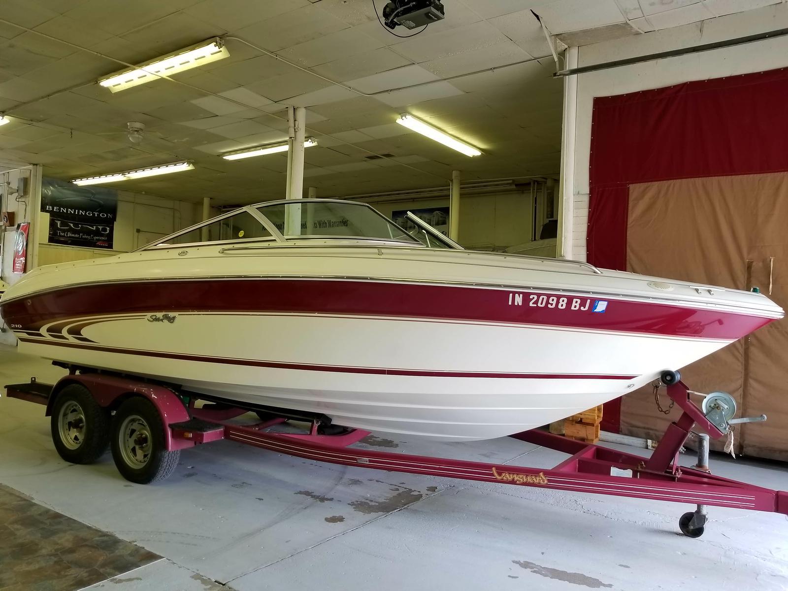 Sea Ray 210 BR