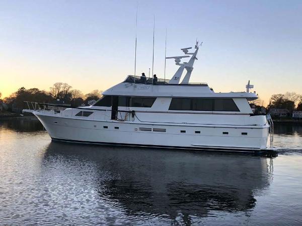 Hatteras 65 Motoryacht Port Profile