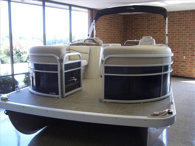 Bennington SX Series 24 SSRX
