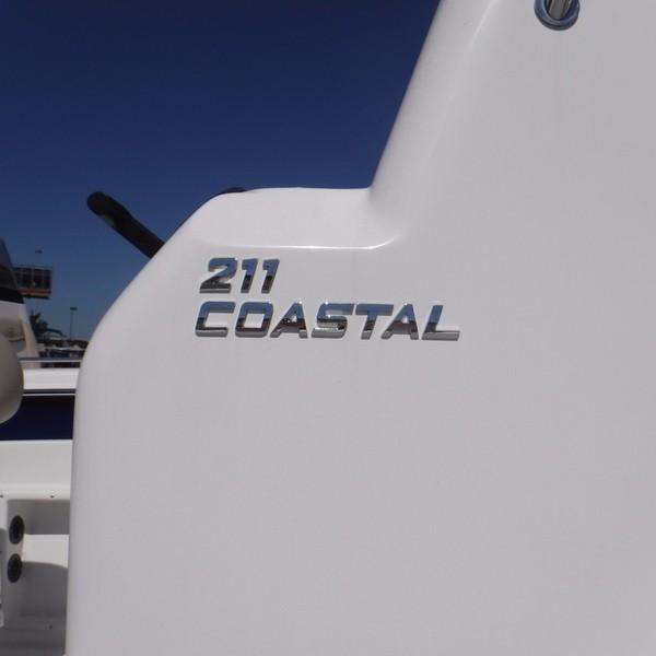 NauticStar 211 COASTAL DLX