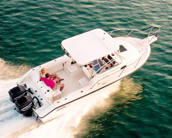 Boston Whaler 23 Conquest Manufacturer Provided Image: 23 Conquest