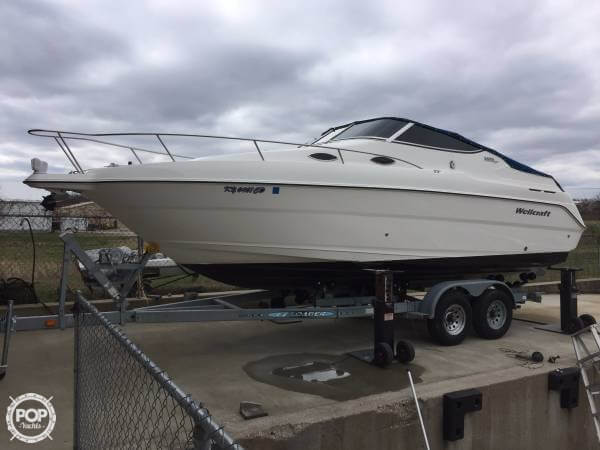 Wellcraft 2600 Martinique 2000 Wellcraft 27 for sale in Lexington, KY