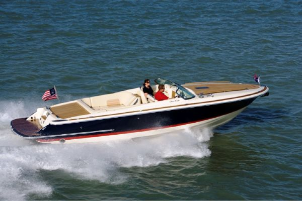 Chris-Craft Corsair 28 Heritage Edition