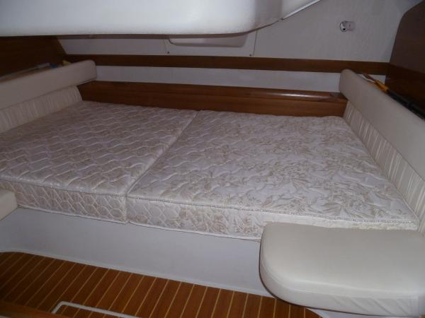 King Size Berth in Owners Stateroom
