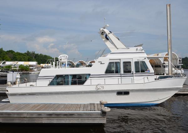 Holiday Mansion 380 Coastal Barracuda
