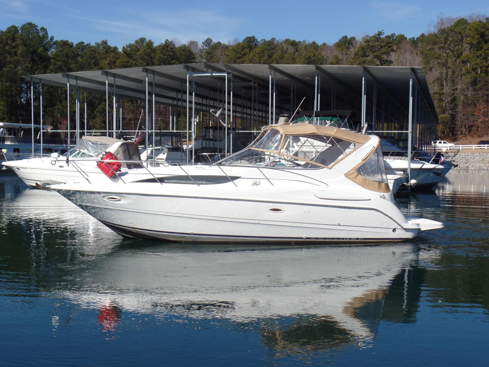 Bayliner International 305