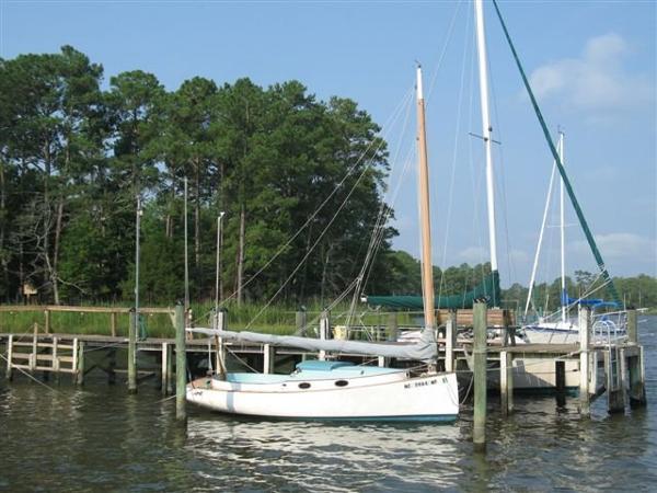 Mystic Catboat 20