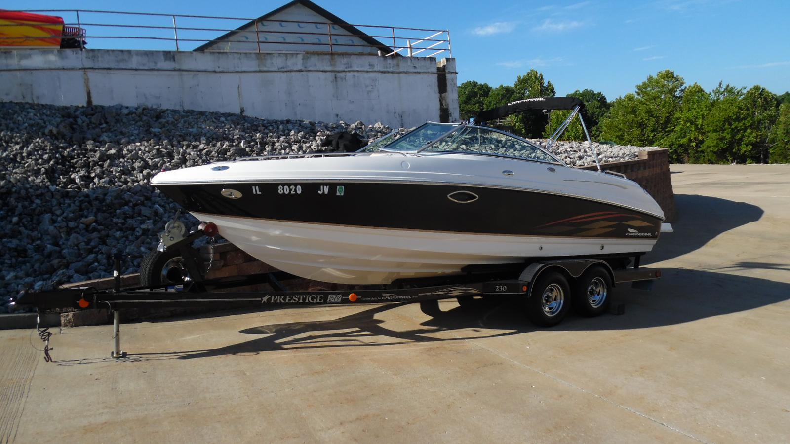 Chaparral 230 SSI and Trailer