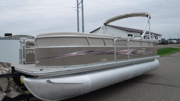 Sylvan 8522 Mirage Cruise