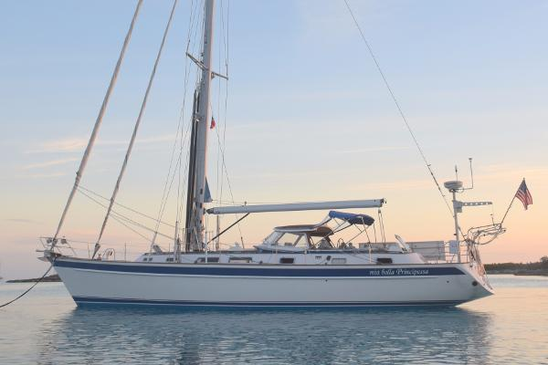 Hallberg-Rassy HR 53 Anchored