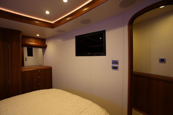 Master Stateroom Inboard