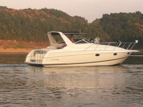 Chris-Craft Crowne 322