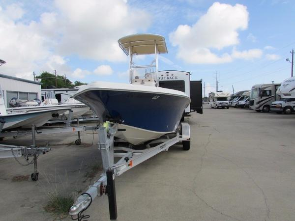 Sea Chaser 21 LX Bay Runner