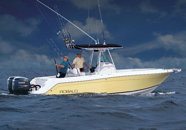 Robalo R260 Center Console Manufacturer Provided Image