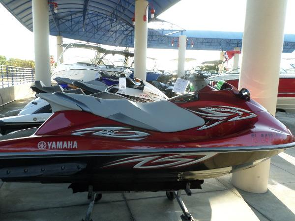Yamaha vx deluxe boats for sale in florida united states for Yamaha north miami