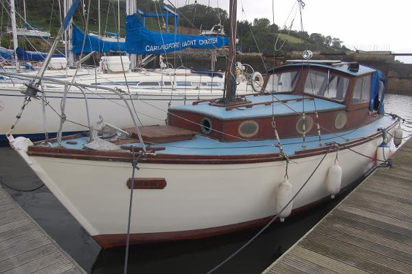 Hillyard 28 Motor Sailer Hillyard 28