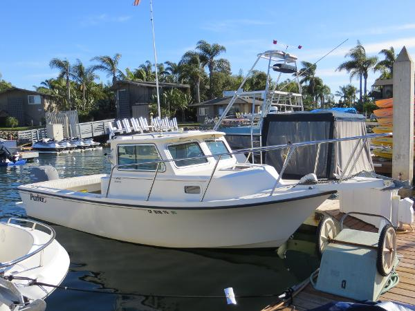 Parker 2320 SL Sport Cabin Actual Boat