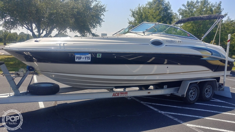 Sea Ray 240 Sundeck 2003 Sea Ray 240 Sundeck for sale in Friendswood, TX