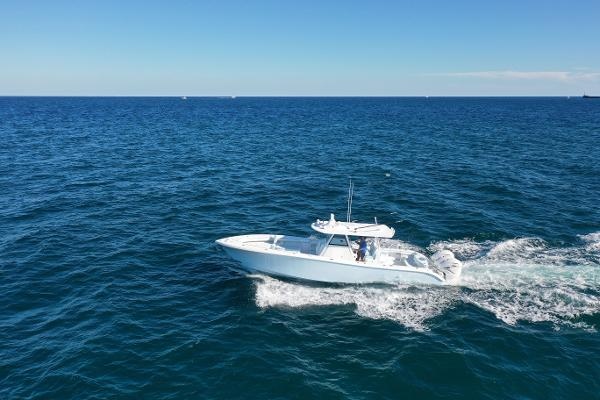 Yellowfin 39 Pics for Example Only - still in build